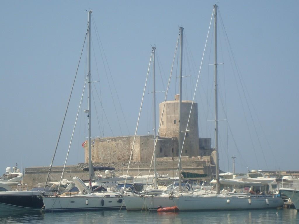 castellocolombaia2
