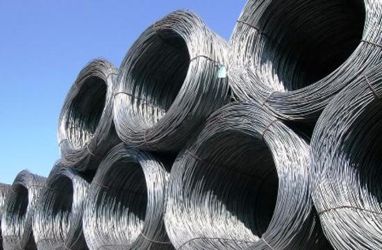 Fili d'acciaio, fra i prodotti sottoposti al caro materiali